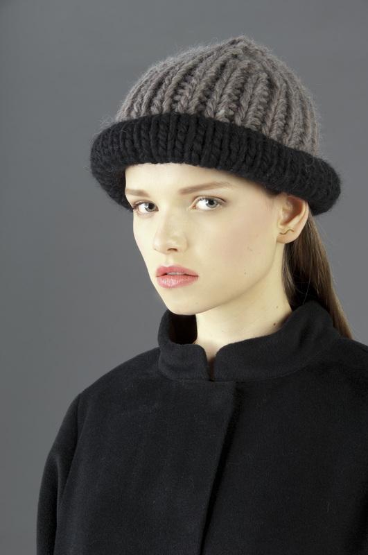 Bowler black-grey